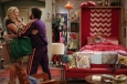 2-broke-girls-3x01-8